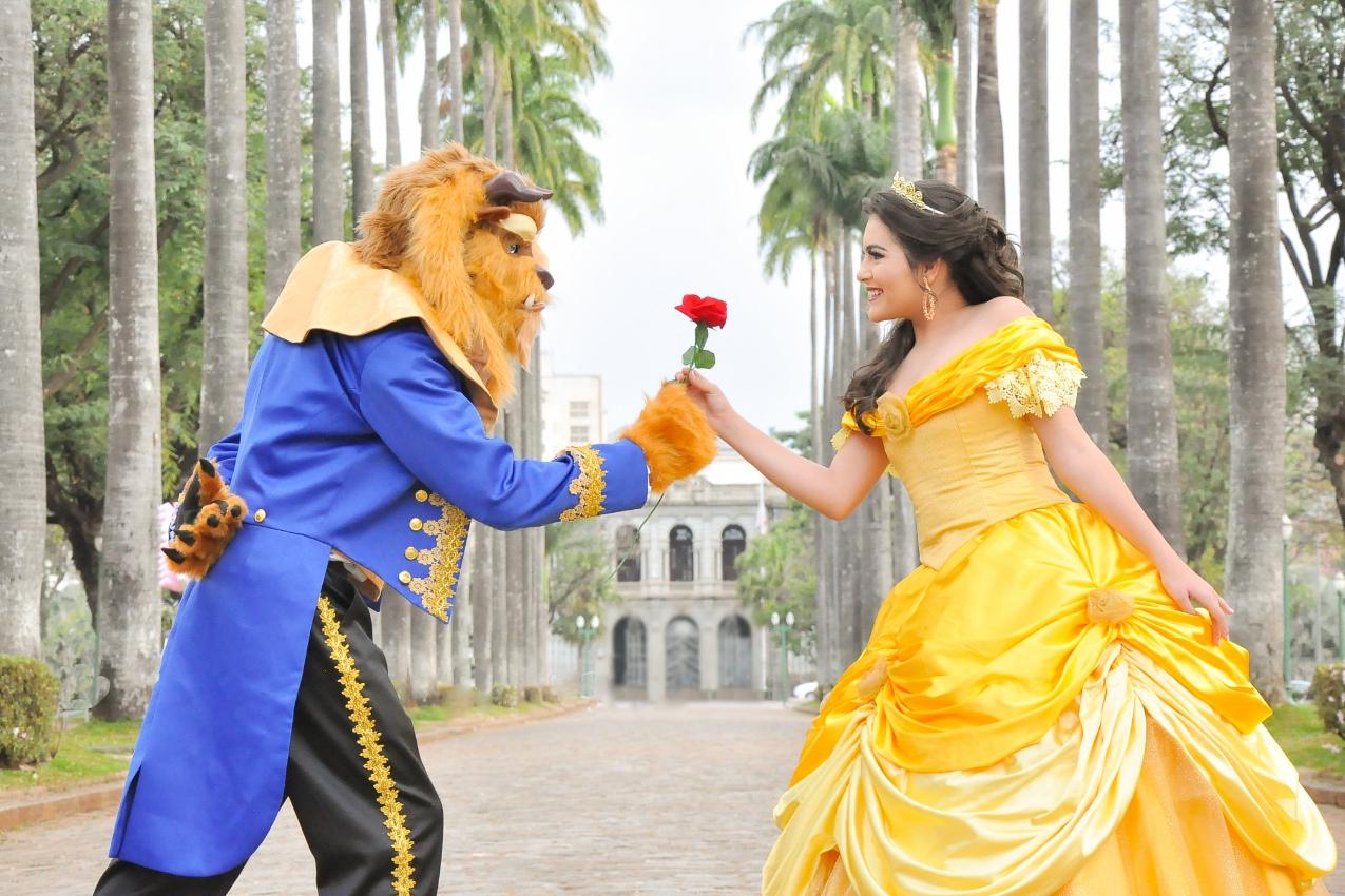 """BH Broadway apresenta o musical """"A Bela e a Fera"""", resultado de projeto pioneiro."""