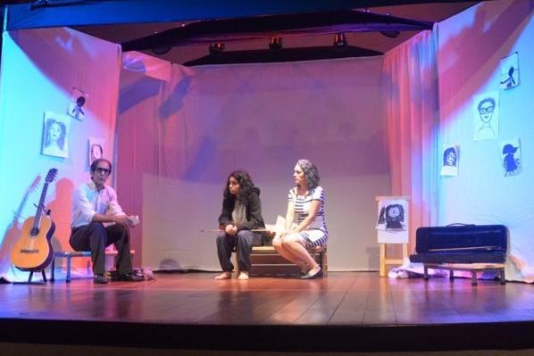 Teatro sensibiliza e lota Centro Cultural em São Gonçalo