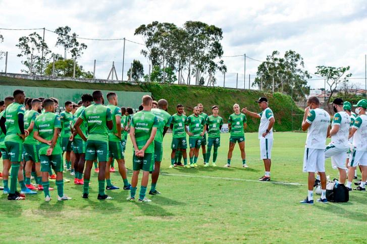 América-MG faz treino forte e segue focado em preparação para a semifinal decisiva