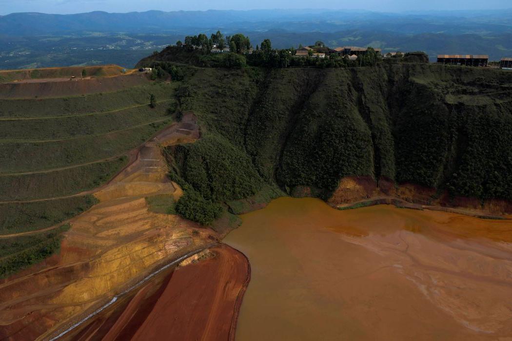 Vale fará remoção de moradores perto de barragem em Minas Gerais