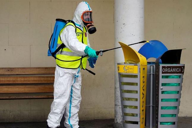 Mortes por coronavírus na Espanha passam de 10 mil