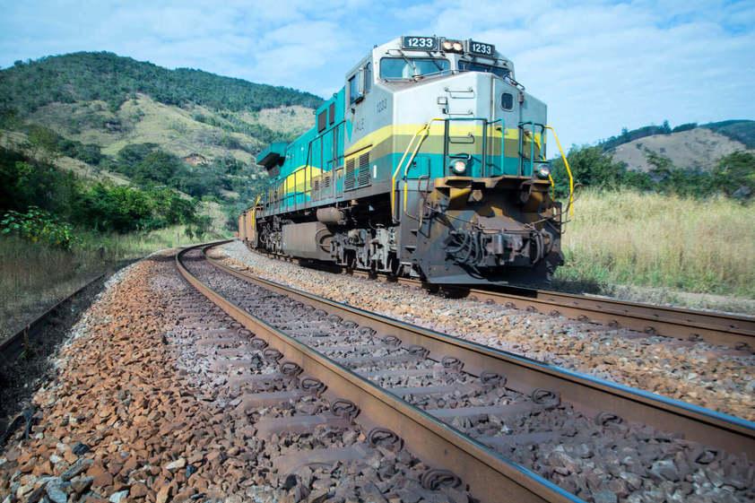 Governo mineiro quer mais estudos sobre projeto de trem BH-Brumadinho