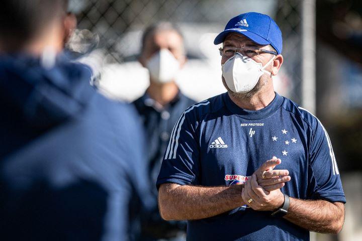 Cruzeiro demite Enderson Moreira, após seis jogos sem vitórias