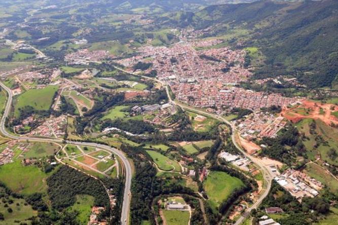Extrema conecta área urbana e rural com internet gratuita