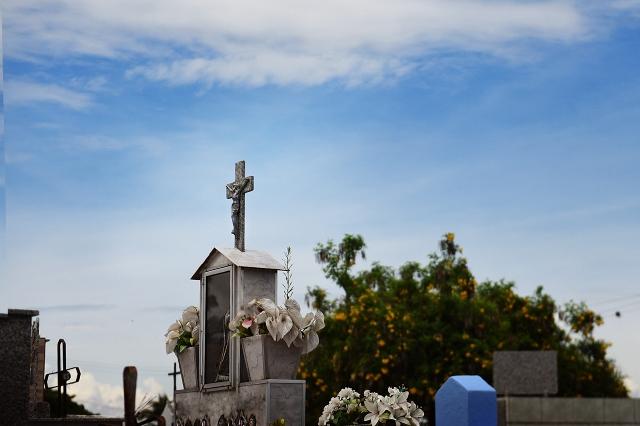 Saúde divulga orientações sobre visitas aos cemitérios no Dia de Finados