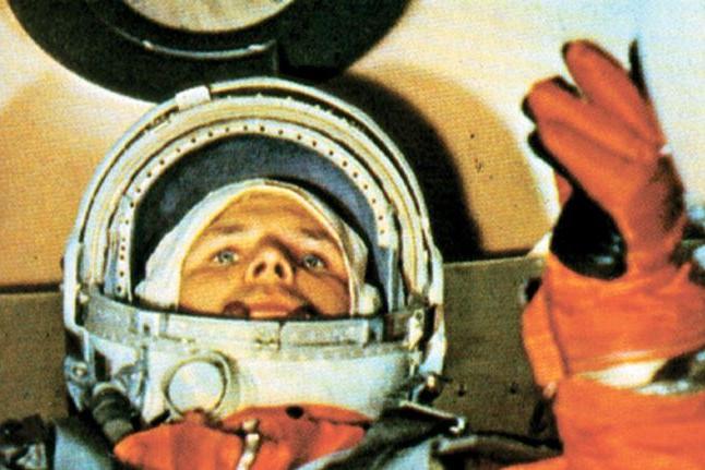 """""""A Terra é azul"""": há 60 anos, o homem chegava à órbita do planeta"""