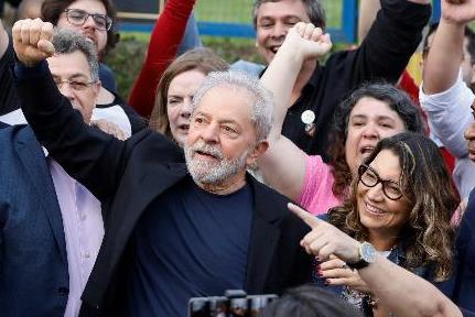 Justiça determina a libertação de Lula e notícia repercute em todo mundo