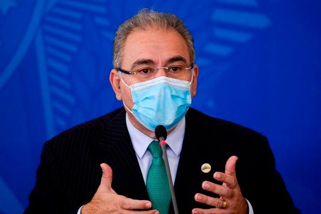 Queiroga diz que inclusão de novos grupos na vacinação atrapalha o PNI