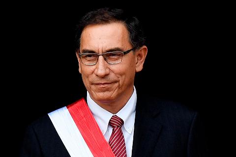 Congresso do Peru aprova impeachment do presidente do país