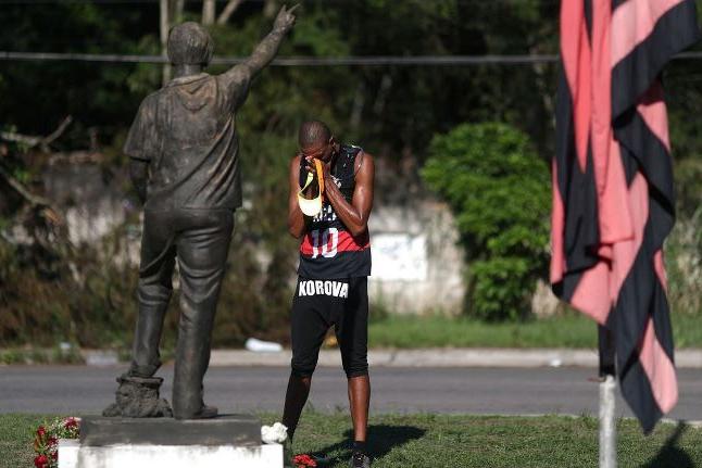 CPI que apura incêndio no Ninho do Urubu ouve dirigentes do Flamengo