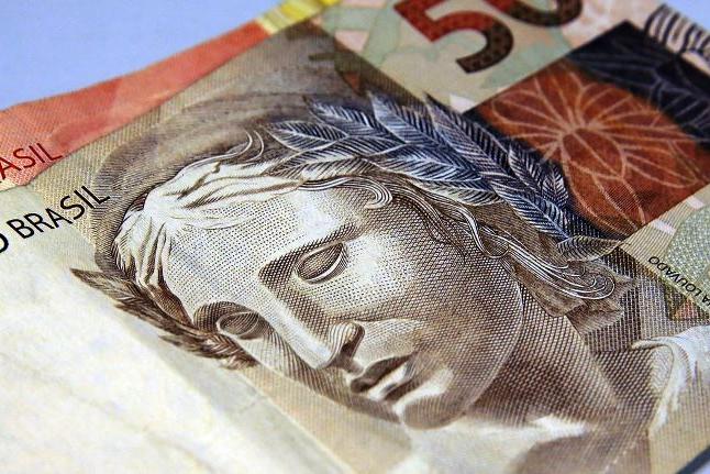 Brasil registrou renda domiciliar per capita de R$ 1.438 em 2019