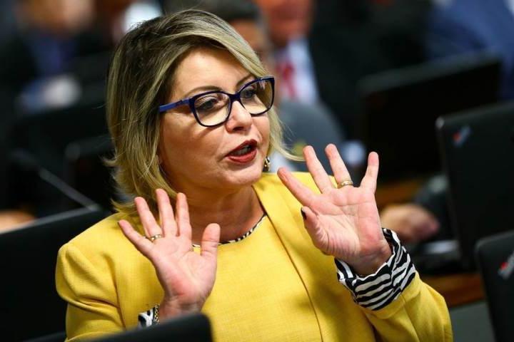 Ex-juíza eleita senadora pelo Mato Grosso tem mandato cassado pelo TSE por prática de Caixa 2