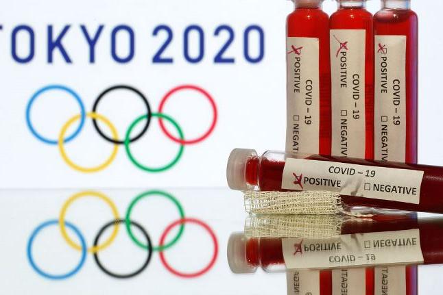 Membro do COI critica insistência em manter Jogos em julho